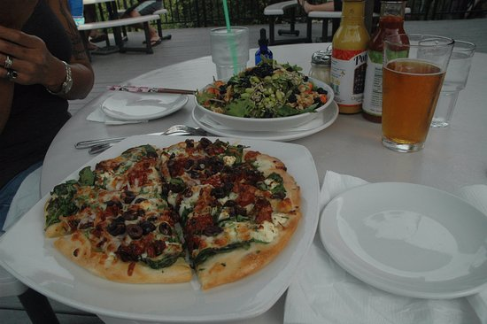 Government Camp, OR: Greek Pizza, Kale Super Food Salad and Blonde Ale.
