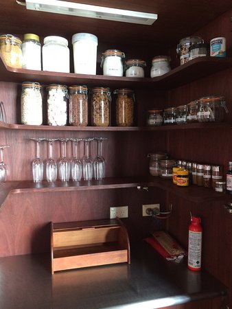 Orford, Αυστραλία: The kitchen pantry