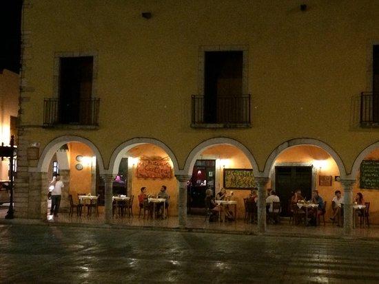 La Cantina Restaurante y Bar: photo0.jpg