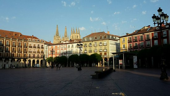 ‪Historic Center of Burgos‬