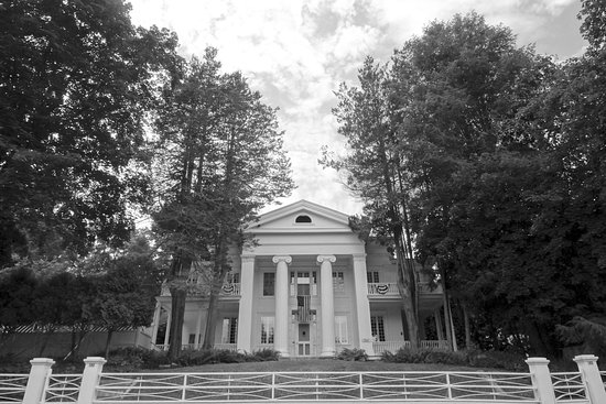 Mansfield Center, CT: Fitch House Black and White