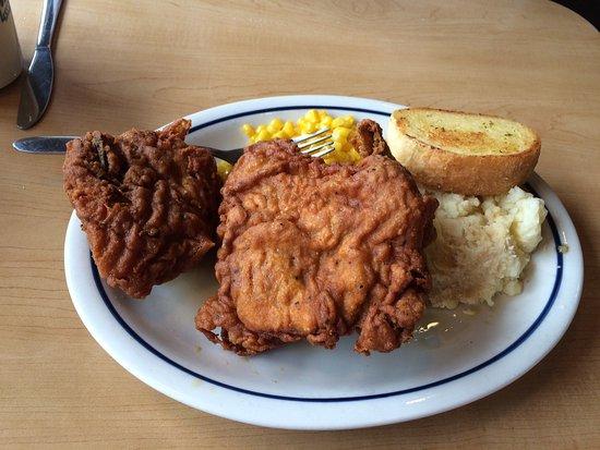 Canton, MI: Huge fried chicken dinner