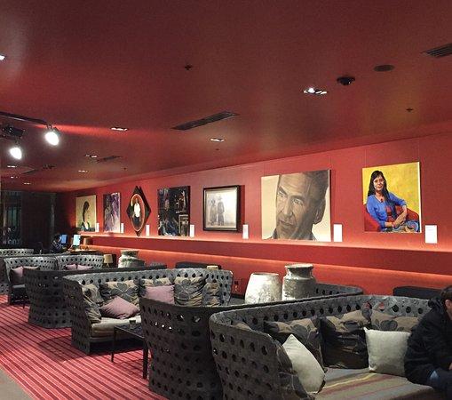 Hilton Melbourne South Wharf: Hotel Lobby