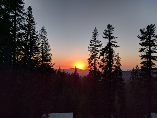 Sequoia High Sierra Camp: View from the main building during dinner