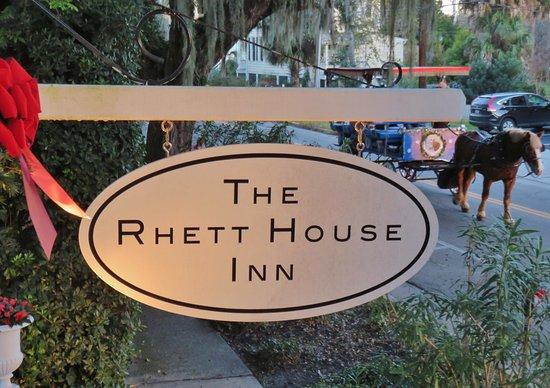 The Rhett House Inn: View from front porch of Inn