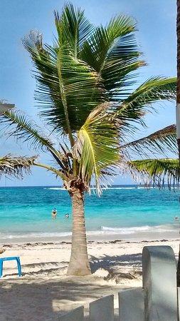 Hotel MS San Luis Village: Praia em frente