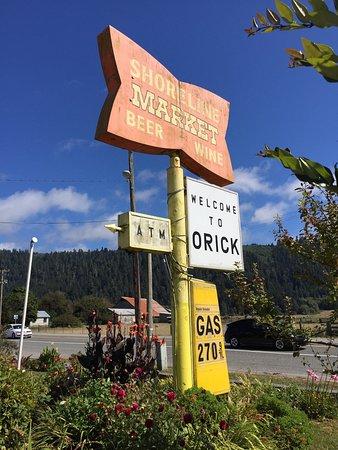 Orick, كاليفورنيا: Shoreline Deli and Market
