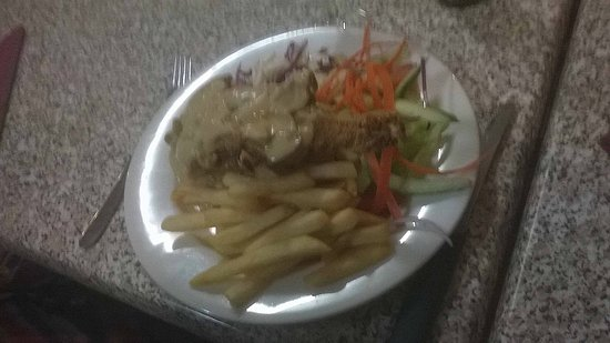Gundagai, Australien: lousy picture but delicious cutlets