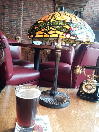The Office Spiritorium: Fantastic, friendly happy hour