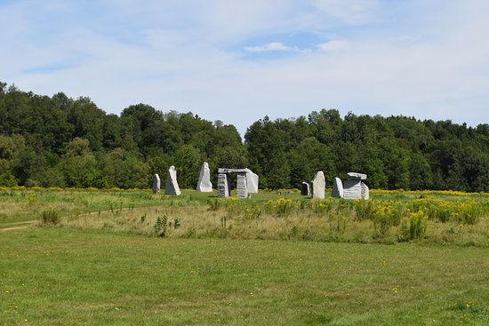 Stanstead, Canada: The stone circle or standing stones