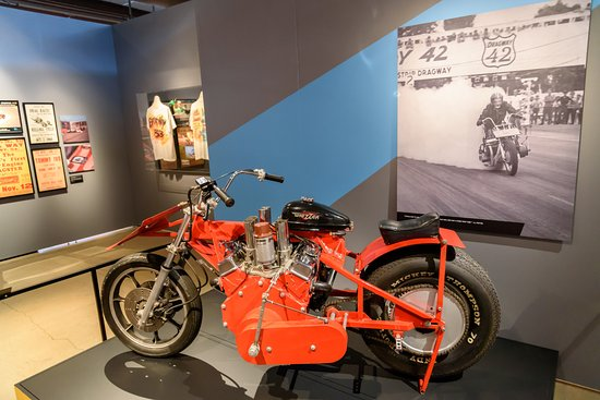 1935 model r side valve v twin picture of harley for Motor harley davidson museum