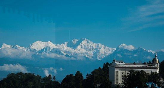 Dekeling Hotel: landscape kanchenjunga (1 of 1)_large.jpg