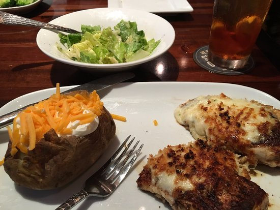 LongHorn Steakhouse : PARMESAN CRUSTED CHICKEN