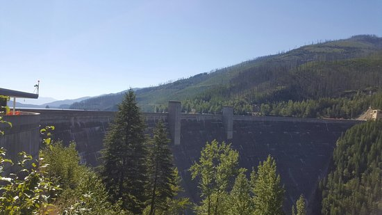 Hungry Horse, MT: Stunning views, interesting history at the visitor center at the dam.