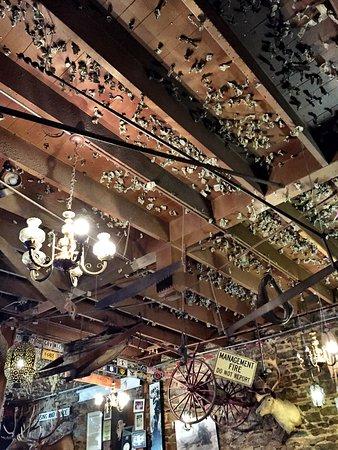 Iron Door Saloon and Grill : photo0.jpg