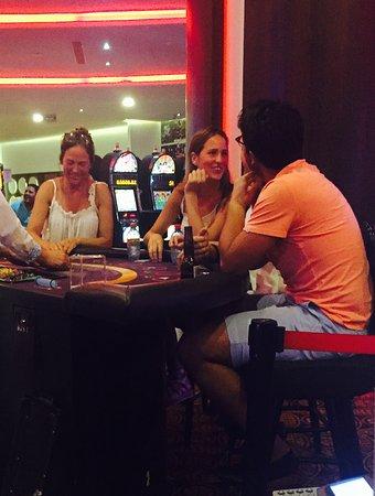 Grand Odyssey Casino: Sin lugar a duda es uno de los casino más bonitos de México. Cuenta con todas las atracciones de