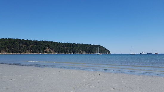Hornby Island, Canada: The white sands and blue water