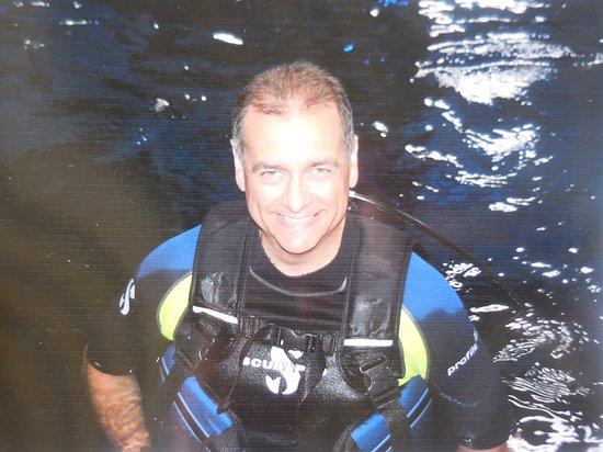 The Epcot Seas Aqua Tour: All Suited Up for the Aqua Dive