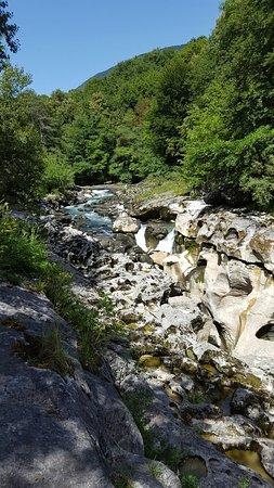 Bellegarde sur Valserine, Francia: 20160720_154101_large.jpg