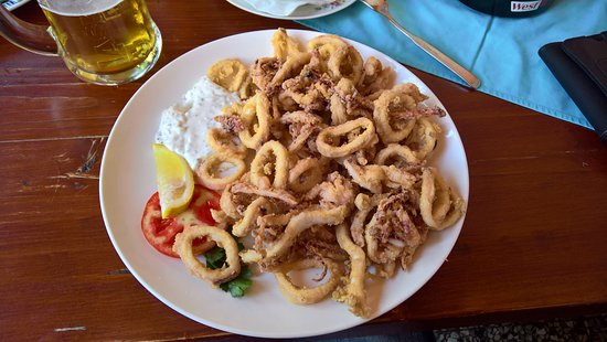 Srpenica, Slovenia: Calamari fritti