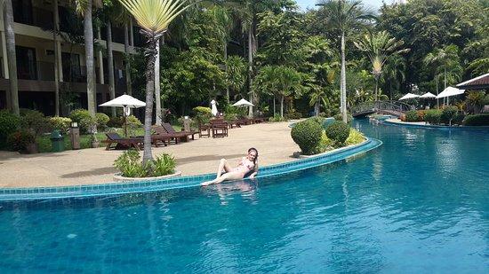 Green Park Resort: Бассейн отеля.