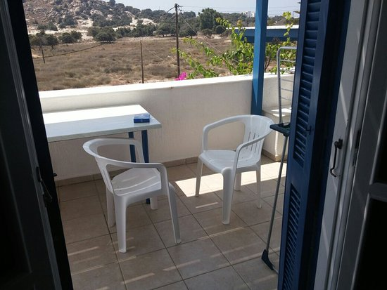 Crystal Naxos Studios & Apartments: 20160804_144755_large.jpg