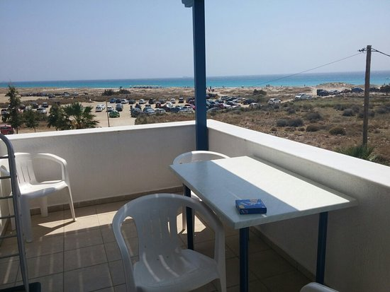 Crystal Naxos Studios & Apartments: 20160804_144806_large.jpg