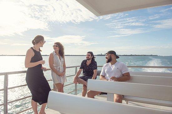 Tiwi Islands, Australien: SeaLink Darwin to Tiwi transfer