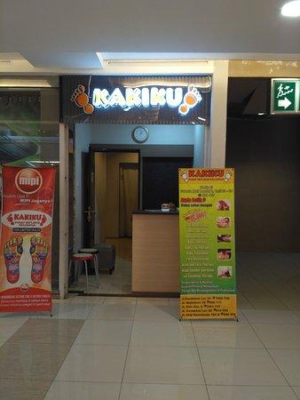 Yogyakarta, Indonesien: Kakiku, pusat refleksi keluarga