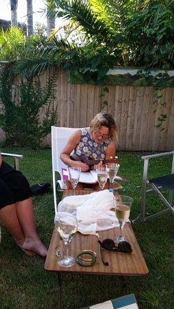 Waihi, Nieuw-Zeeland: Ukulele, sangria and wine