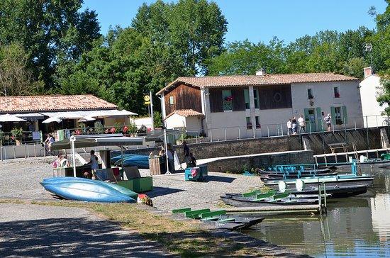 Arcais, Frankrijk: L'Embarcadère d'Arçais