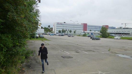Star Inn Hotel Munchen Schwabing, by Comfort: Der Weg zur Tram