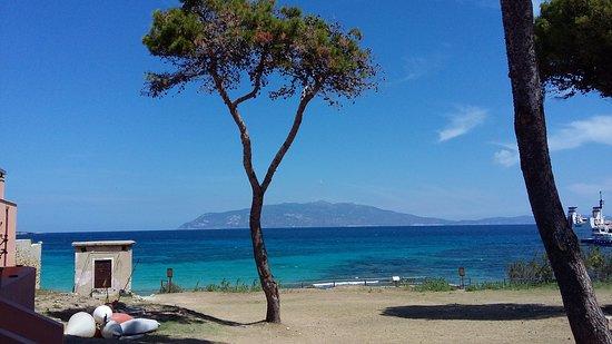 Accesso alla spiaggia cala giovanna qui si pu fare il - Varicella si puo fare il bagno ...