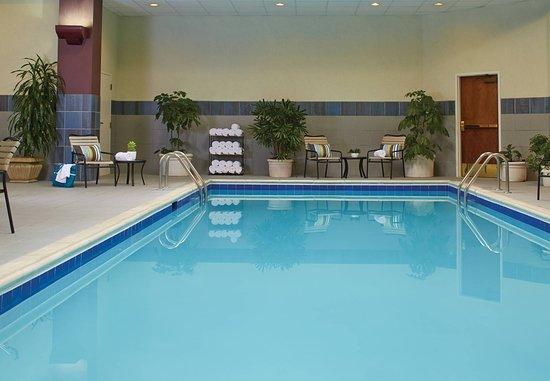 Hebron, KY: Indoor Pool
