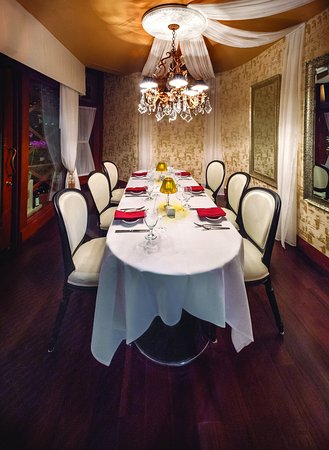 Ala Moana Hotel Dining Signature8