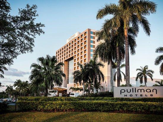 PULLMAN Miami Airport hotel: Exterior