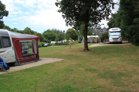 Montloue: Caravan site