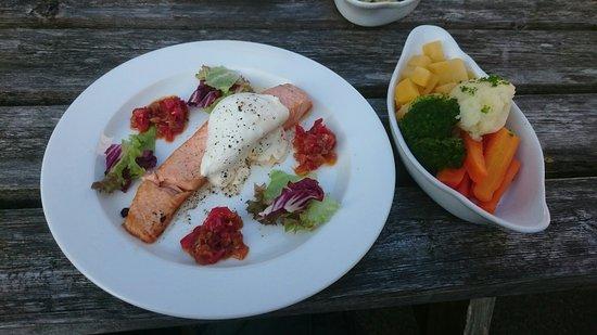Pheasant Inn Restaurant: The grilled salmon was delicious