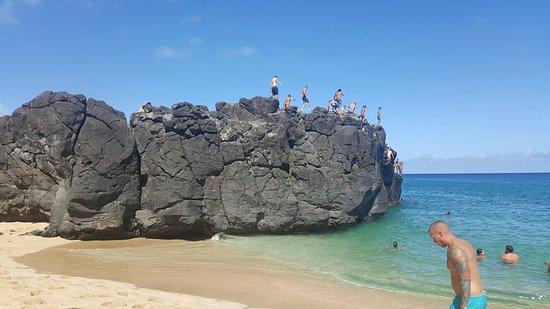 Waimea Bay: 20160813_094635_large.jpg