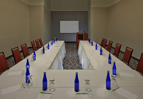Cromwell, Коннектикут: Waterford Meeting Room – U-Shape Setup