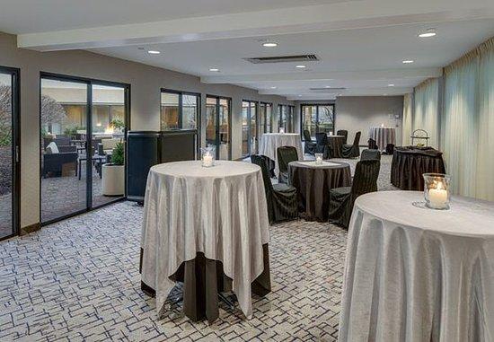 Cromwell, Коннектикут: Promenade Meeting Room & Reception Setup