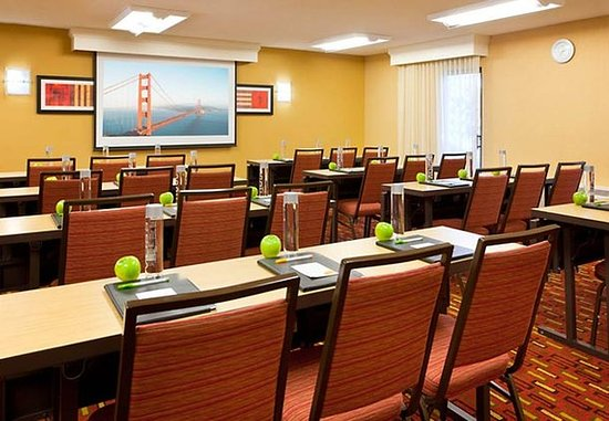 San Bruno, كاليفورنيا: Meeting Room - Classroom Set Up