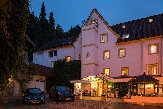 Hotel Bayerischer Hof: Hoteleingang