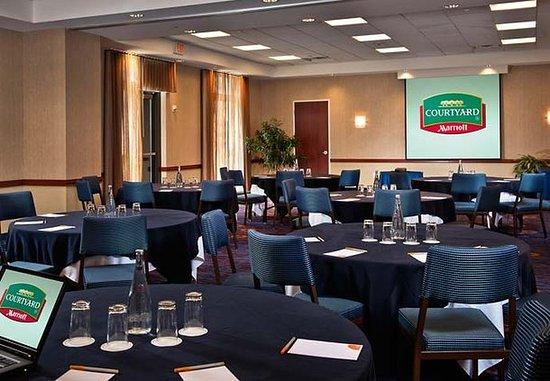Vienna, VA: Meeting Room