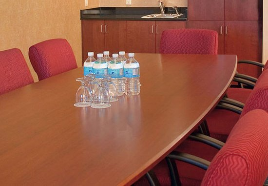 Vienna, VA: Boardroom