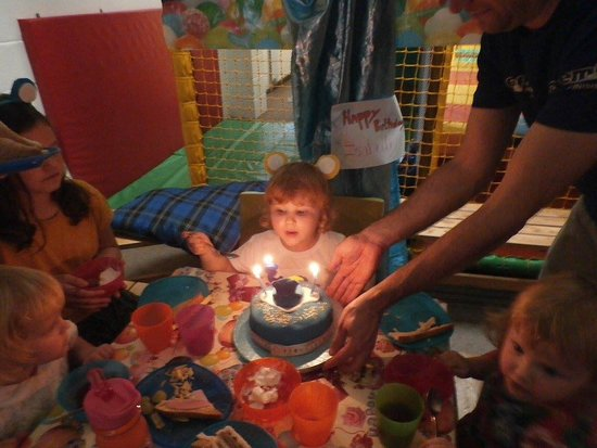 Settle, UK: Izzy 3rd birthday party