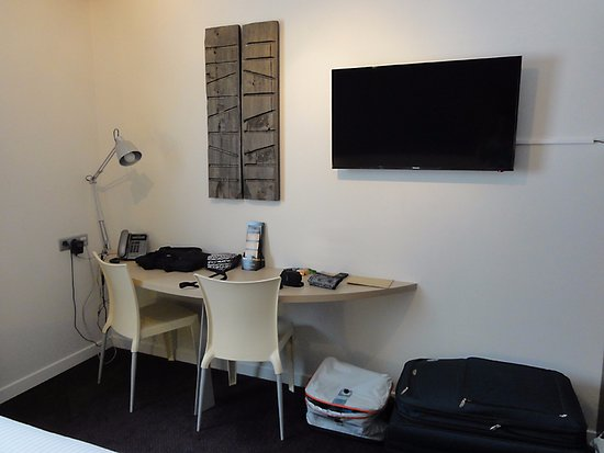 Espace Bureau Tele Picture Of Quality Suites Nantes Beaujoire