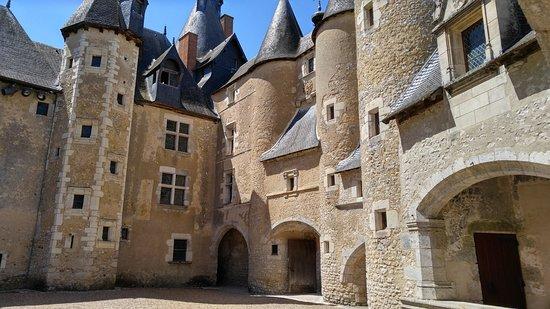 Fougeres-sur-Bievre, France : Château de Fougères sur Bièvre