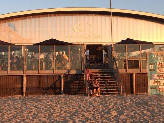 Ouddorp, Países Bajos: vooraanzicht beachclub