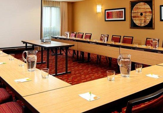 Lebanon, NJ: Meeting Room
